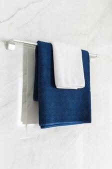 Handdoeken in blauwe en witte kleur