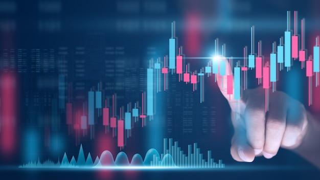 Handel financiële investeringen forex online aandelenmarkt en aandelenconcept zakenmanhand die op handelsgrafiek tikken economische zaken en financiënaandelen trend background