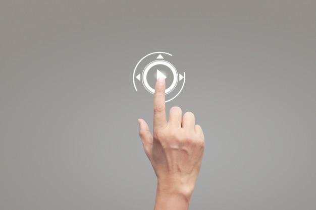 Handen aanraken van knop scherm interface wereldwijde verbinding klant netwerken