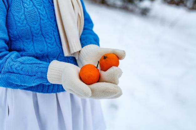 Handen in wanten met mandarijnen