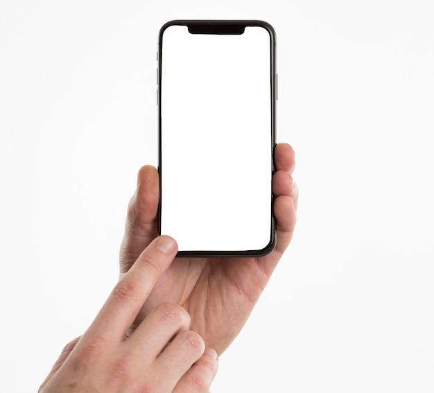 Handen met smartphone
