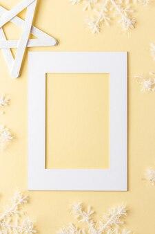 Handgemaakt kerstpapier frame