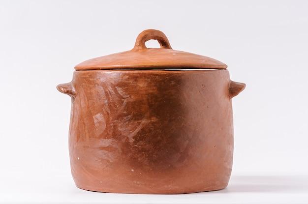 Handgemaakte aarden pot typisch voor de staat paraiba noordoostelijke regio van brazilië