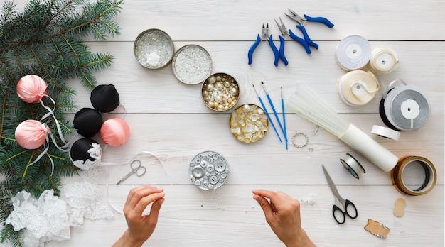 Handgemaakte kerstballen maken, kerstversieringen