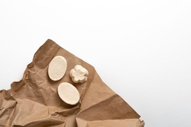 Handgemaakte zeepstukken van biologisch hygiënisch schuim
