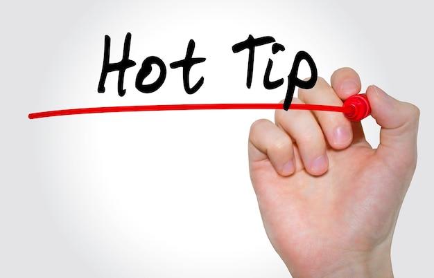Handschrift inscriptie hot tip met marker, concept