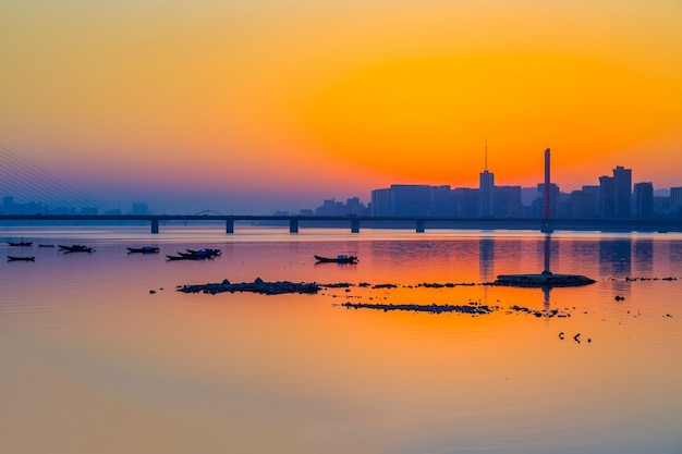 Hangzhou qiantang river avondschoonheid