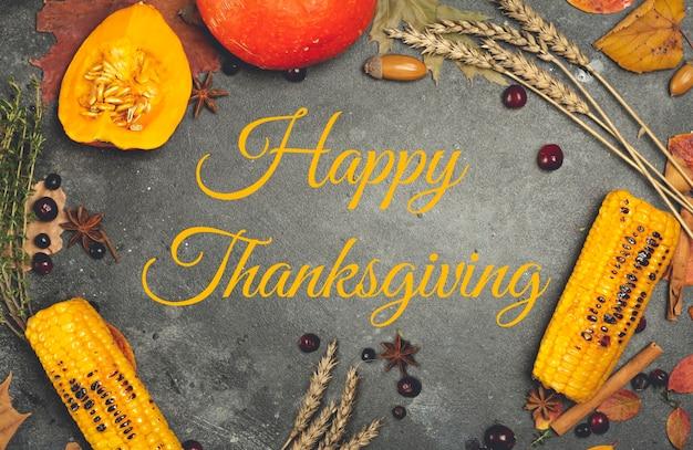 Happy thanksgiving belettering op een feestelijk diner achtergrond voedsel tafel achtergrond