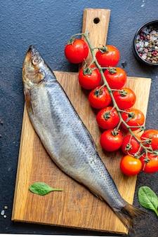 Haring vis zeevruchten set ingrediënten voor het koken serveren