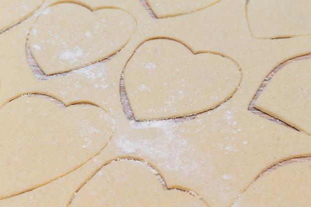 Harten vorm cookies kookproces.
