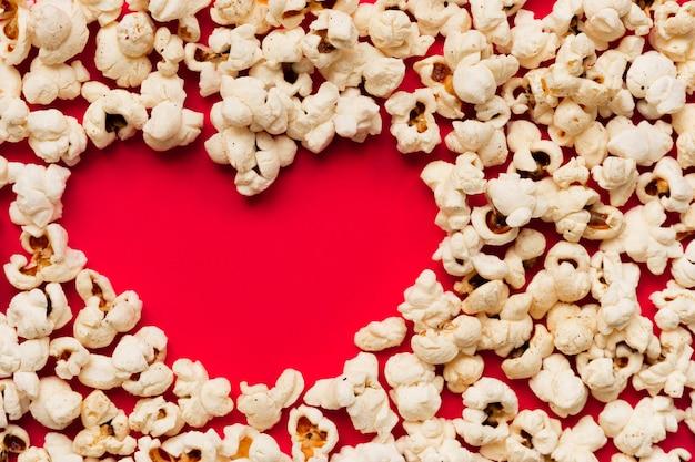 Hartvorm die zich vormt door popcorn