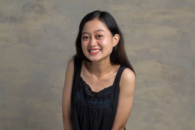 Headshot van leuke aziatische vrouw