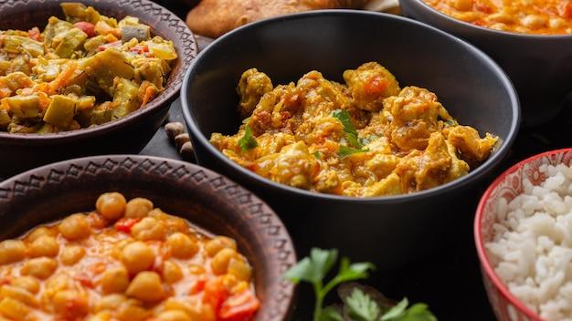 Heerlijk eten arrangement met hoge hoek