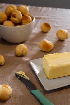 Heerlijk kaasbrood gebakken arrangement