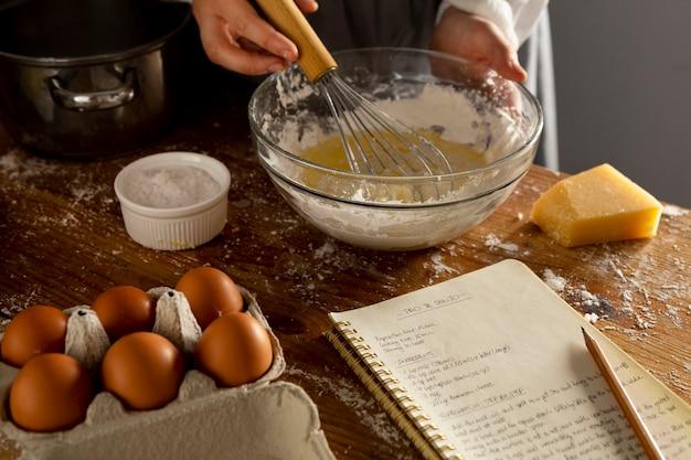 Heerlijk kaasbrood maken arrangement