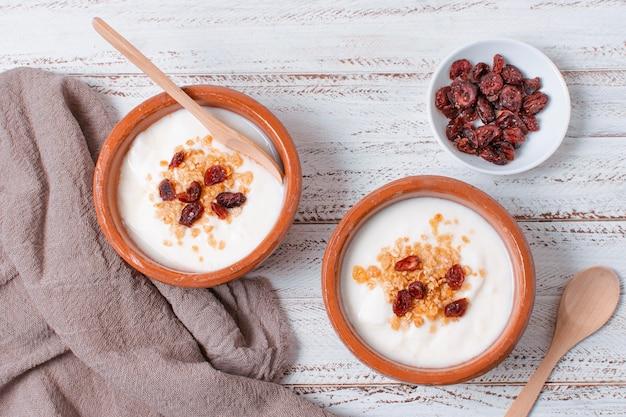 Heerlijk ontbijt met fruit en haver