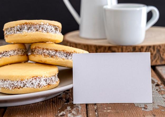 Heerlijke alfajores koekjes concept