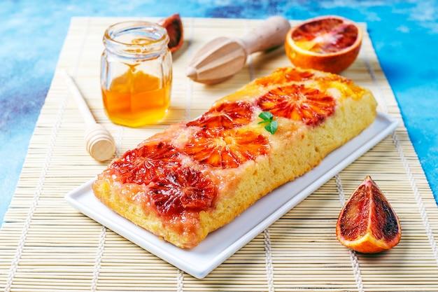 Heerlijke franse desserttaarttatin met bloedsinaasappel.