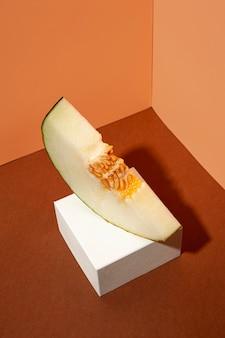 Heerlijke gele meloenplak hoge hoek