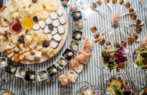 Heerlijke gerechten op tafel