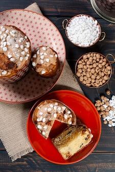 Heerlijke huisgemaakte panettone met chocolade