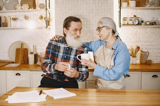 Heerlijke koffie gedronken in de ochtend