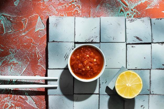 Heerlijke maaltijd met sambal samenstelling