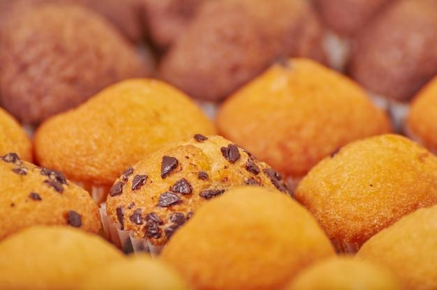 Heerlijke minichocoladearoma muffins voor ontbijt