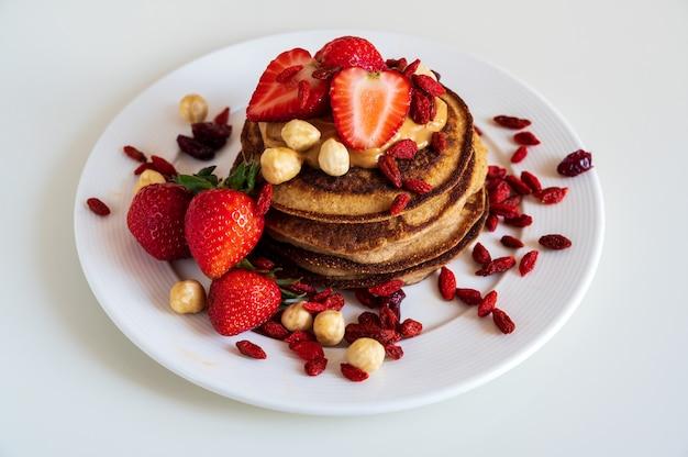 Heerlijke pannenkoeken met aardbeien