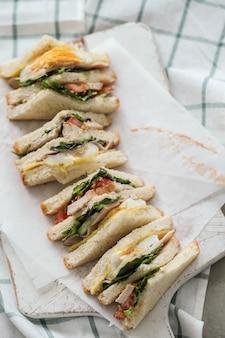 Heerlijke sandwiches met witbrood