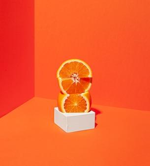 Heerlijke sinaasappelschijfjesregeling Premium Foto