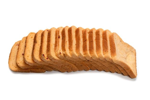 Heerlijke sneetjes brood geïsoleerd op een witte ondergrond