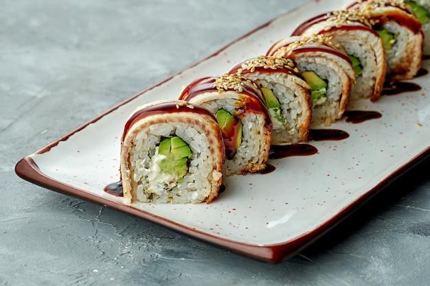 Heerlijke sushibroodje gouden draak met roomkaas