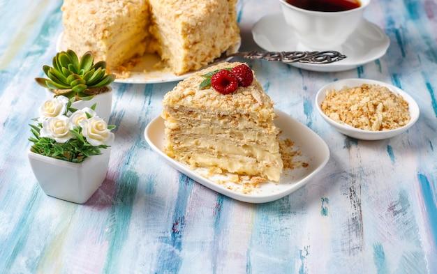 Heerlijke zelfgemaakte napoleon cake, bovenaanzicht
