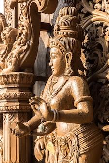 Heiligdom van de waarheid in pattaya, thailand