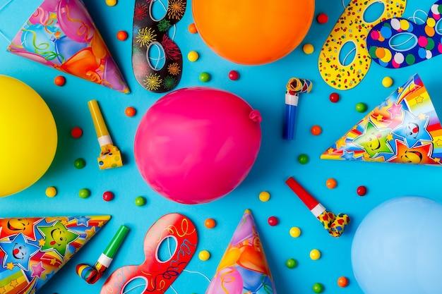 Helder decor voor een verjaardag, feest, festival of carnaval.