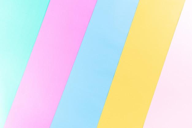 Heldere kleurrijke papier achtergrond met kopie ruimte voor zomer concept. plat liggen.
