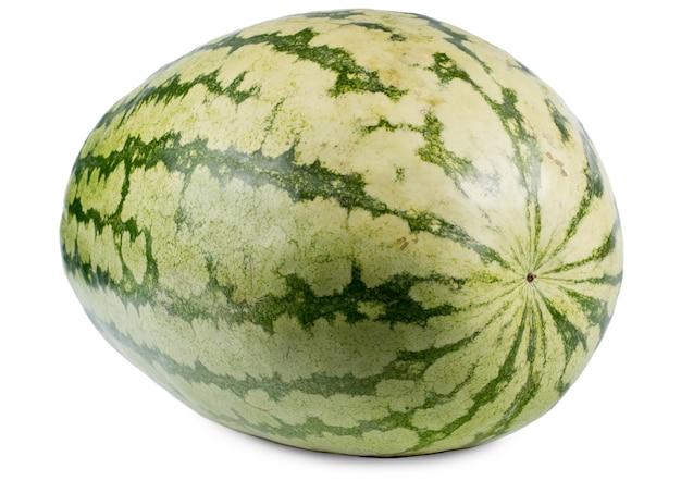 Hele verse watermeloen met een bonte patroon gele en groene korst op wit wordt geïsoleerd