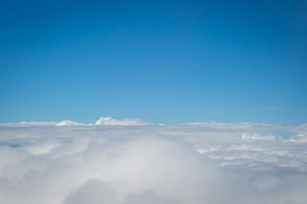 Hemel en wolken uitzicht vanaf airplan achtergrond