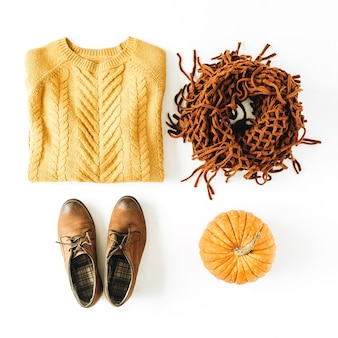 Herfst herfst vrouw mode kleding kijken