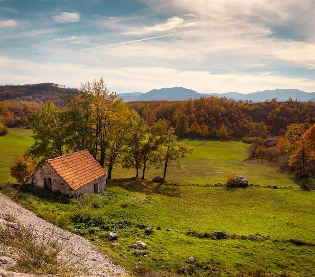 Herfst in het kleine dorp