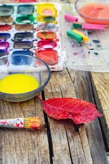 Herfst stilleven met aquarel