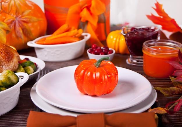 Herfst tabel met pompoenen