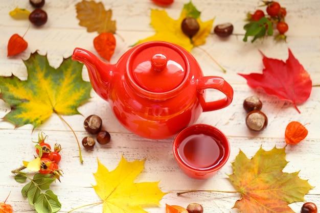 Herfst thee drinken
