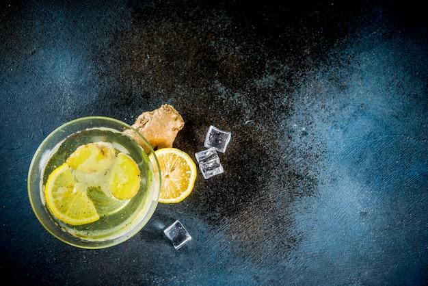 Herfst winter gingersnap cocktail bovenaanzicht