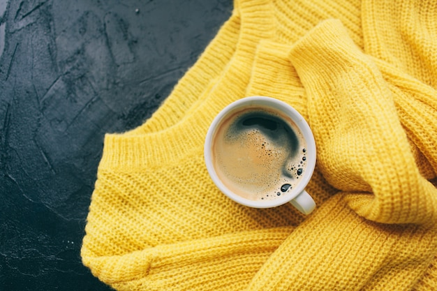 Herfstoutfit voor dames en espresso