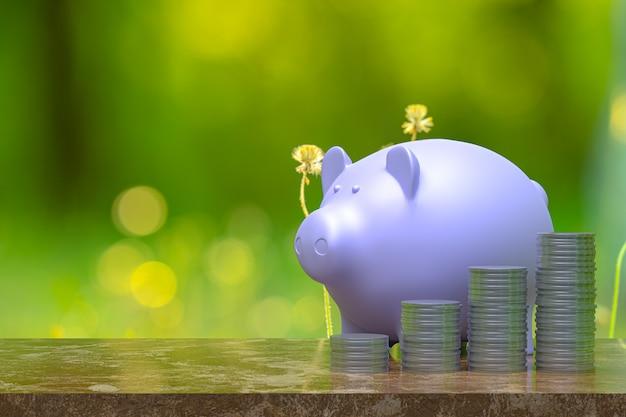Het 3d teruggeven, muntstuk met een spaarvarken, besparing die voor zaken en financieel conceptenidee groeien, muntstuk op houten achtergrond