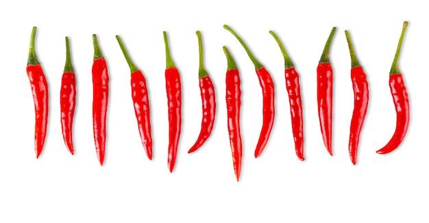 Het aantal rode chili pepers geïsoleerd op wit
