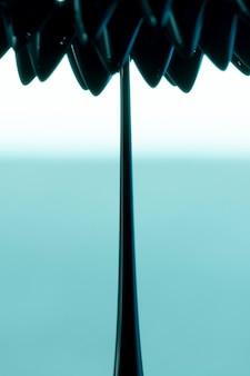 Het abstracte ferromagnetische metaal van de bloemvorm