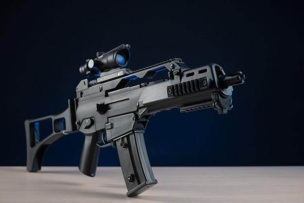 Het automatische geweer met optisch vizier